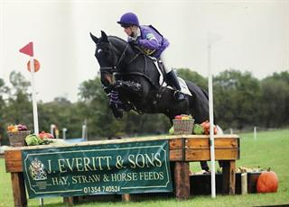 IDEAL TEENAGERS / LADIES GRASSROOTS EVENTER